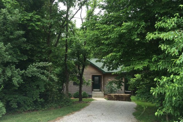 Couples Getaway Vacation Cabins Along The Shawnee Hills Wine Trail And  Surrounded By The Shawnee National Forest.